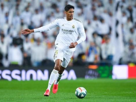 Entenda porque o Real Madrid recusou astro do Manchester United na negociação por Varane