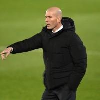 Zidane pode assumir o comando de gigante europeu