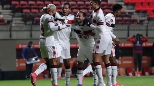 Union La Calera v Flamengo - Copa CONMEBOL Libertadores 2021