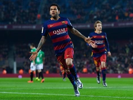 Tem negócio? Koeman se posiciona sobre possível retorno de Daniel Alves ao Barcelona